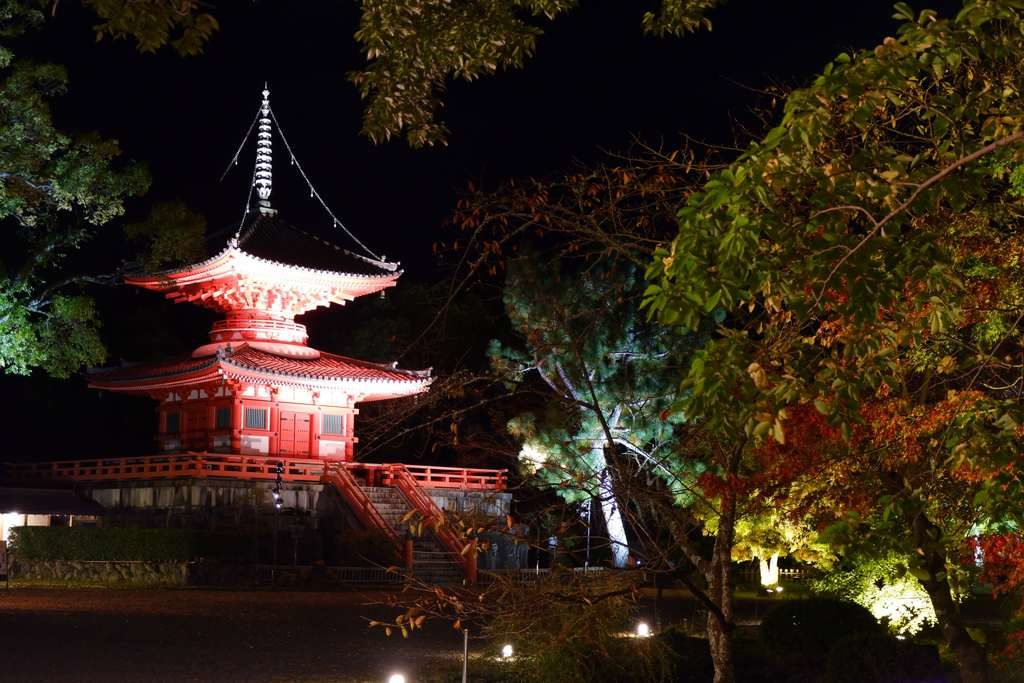 大覚寺心経宝塔2