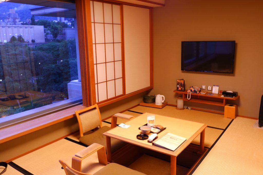 日勝生加賀屋の和室