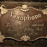 สัญลักษณ์แจ๊สบาร์แซกโซโฟน
