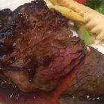 ブラッスリーセレストのラム芯ステーキ ミディアムレア