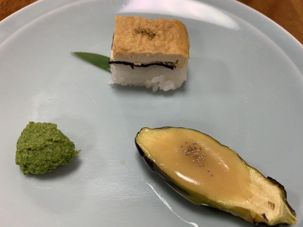 西山艸堂-ナス、豆腐、菜の花とゴマのすりおろし団子