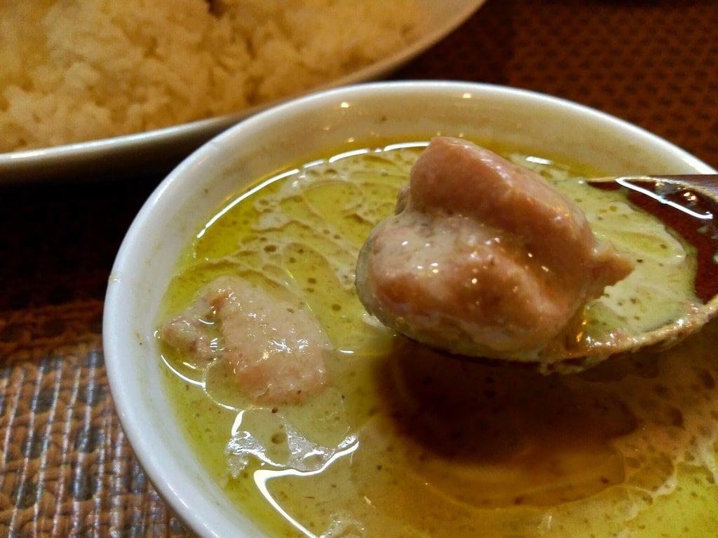 タイ食堂のグリーンカレー実食