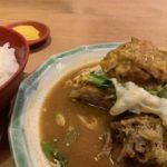 Tatsuya makan kari nyata ganda