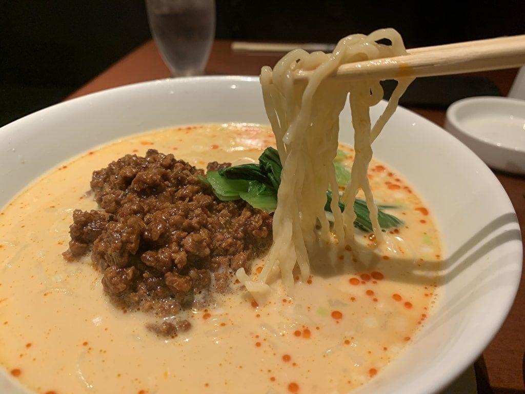 美華園の坦々麺実食