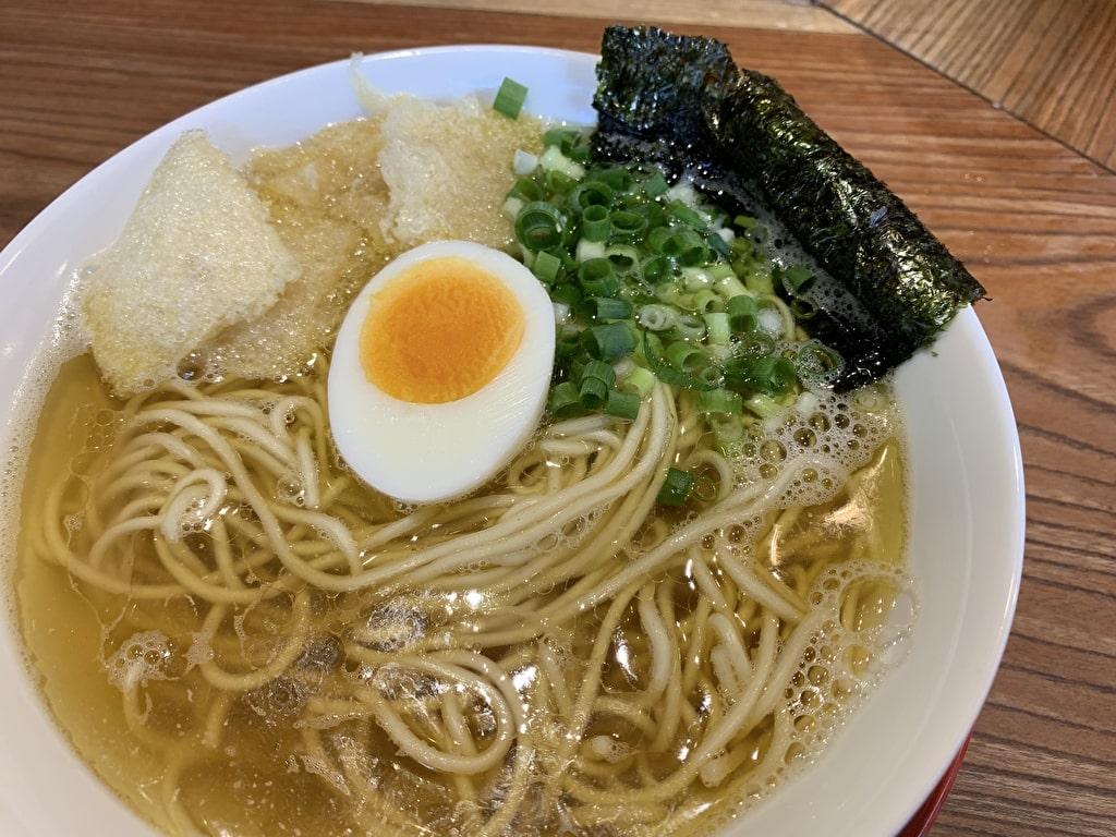 浜堂大阪本店の朝煮干そば