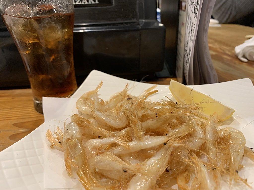 Camarones blancos fritos de Sake Ruyo Gourmet