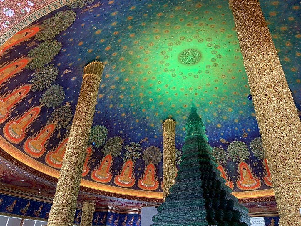 XNUMX Budas de Wat Pak Nam