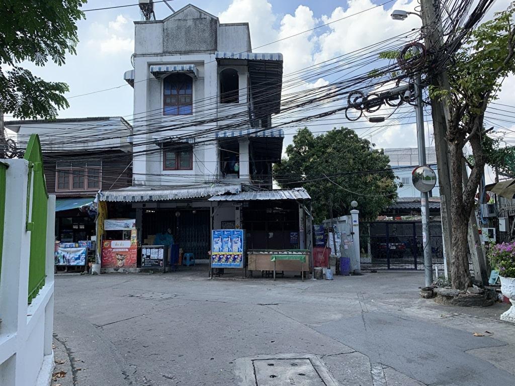 Bagaimana menuju ke Wat Pak Nam 2