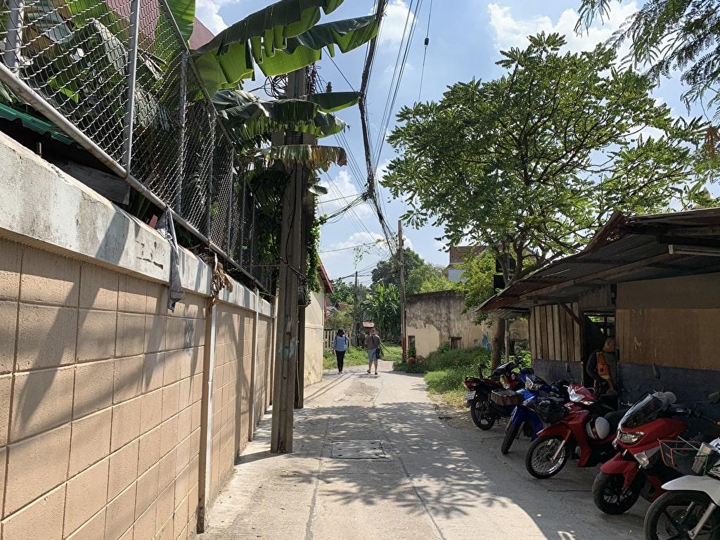 Bagaimana menuju ke Wat Pak Nam 3