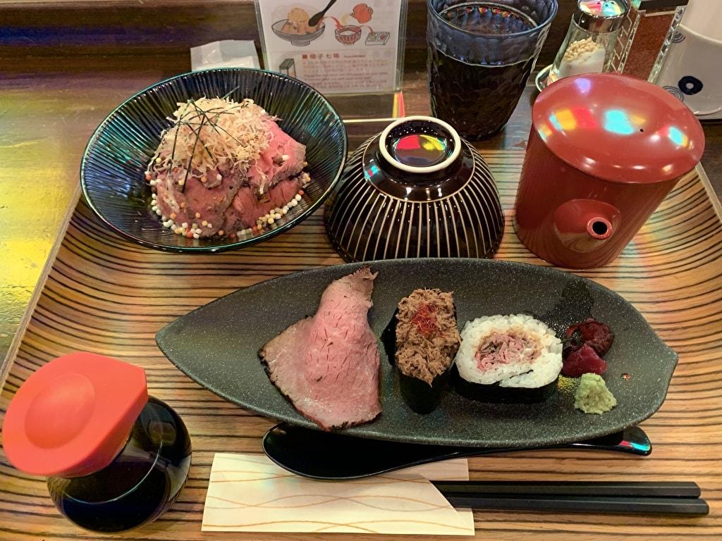 佰食屋肉寿司専科の肉茶漬け定食