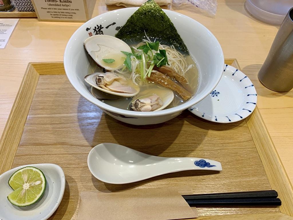 麺屋猪一の九十九里浜産蛤貝出汁そば