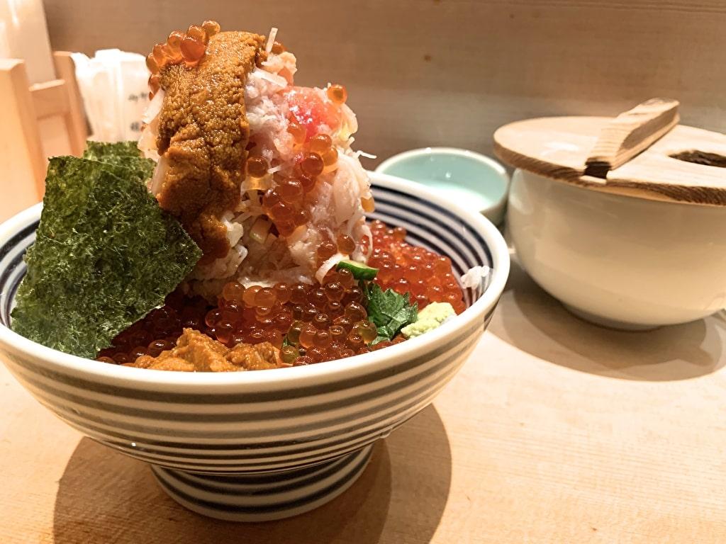 Semangkuk mewah Tsujihan Nihonbashi