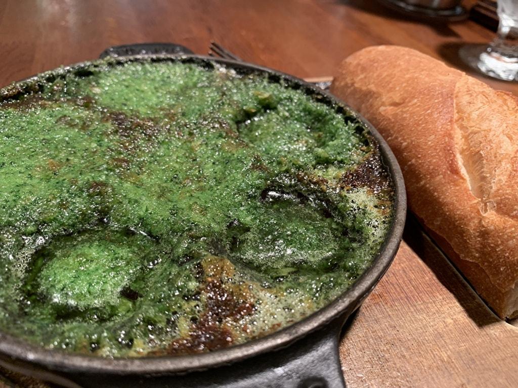グリルキャピタル東洋亭本店のエスカルゴの香草ガーリックバター