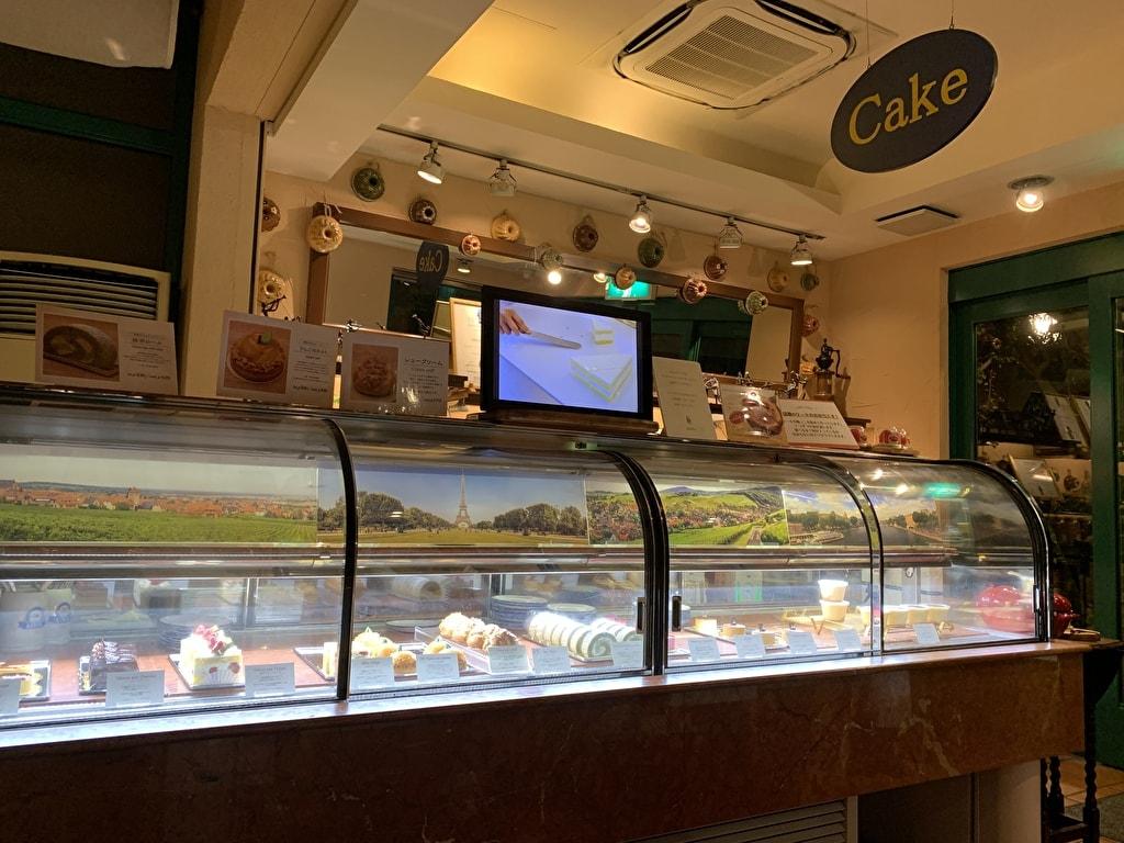 グリルキャピタル東洋亭本店のケーキ売り場