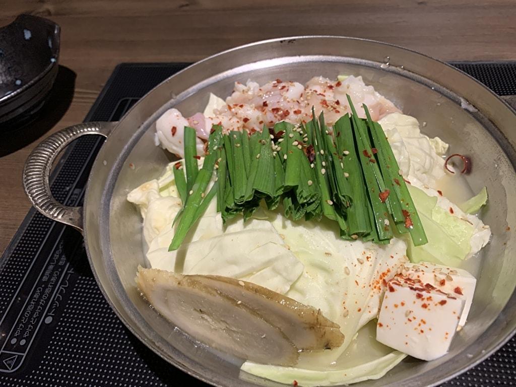 秀寅の京もつ鍋白調理前