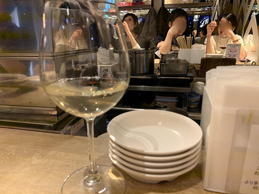 赤白新大阪店の白ワイン ザ スタンプジャンプ