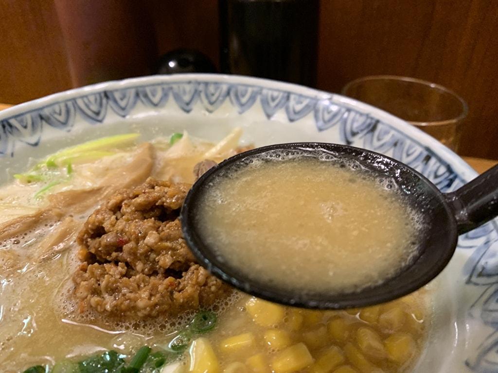 麺屋蕪村の信州味噌ラーメンスープ