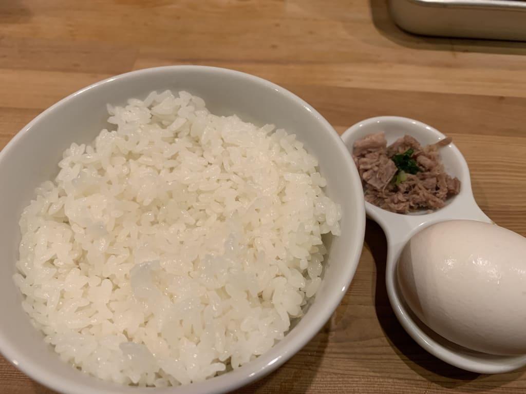 極鶏の卵かけ御飯