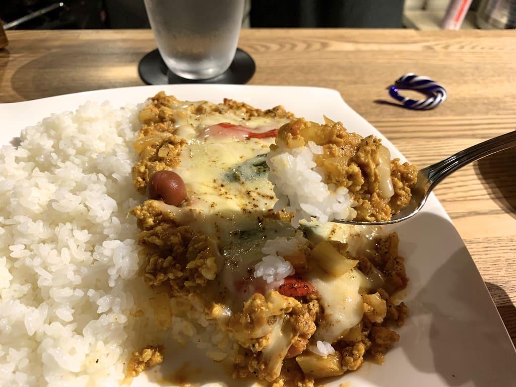 Keema curry refeição real na câmara de especiarias