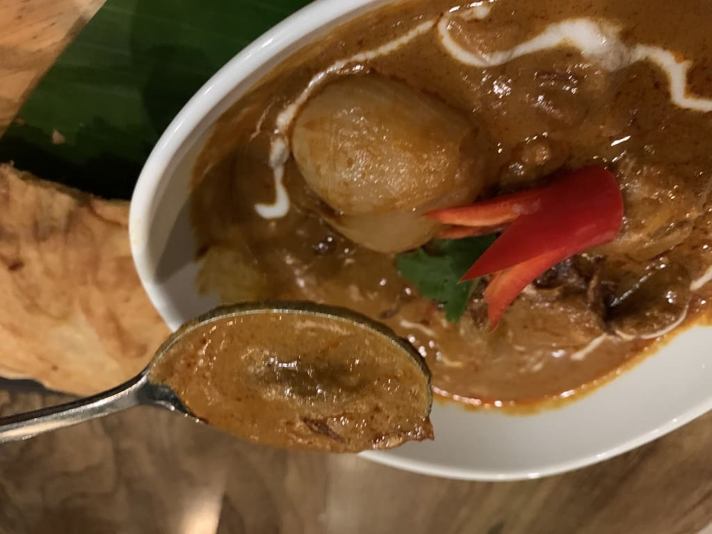 タリンプリンのマッサマンカレー実食