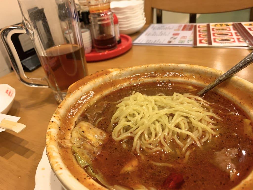 双龍居の水煮牛肉プラスたまご麺