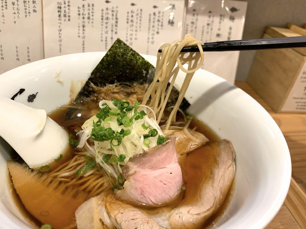 Menya Inoichi的鯖魚蕎麥麵正餐