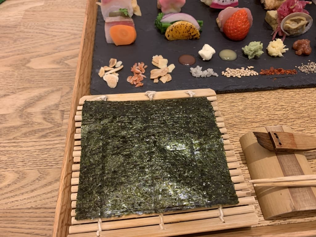 AWOMB烏丸本店の手織り寿司作り方1