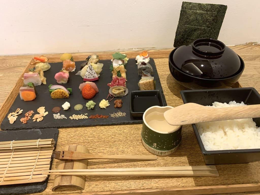 AWOMB烏丸本店の手織り寿司