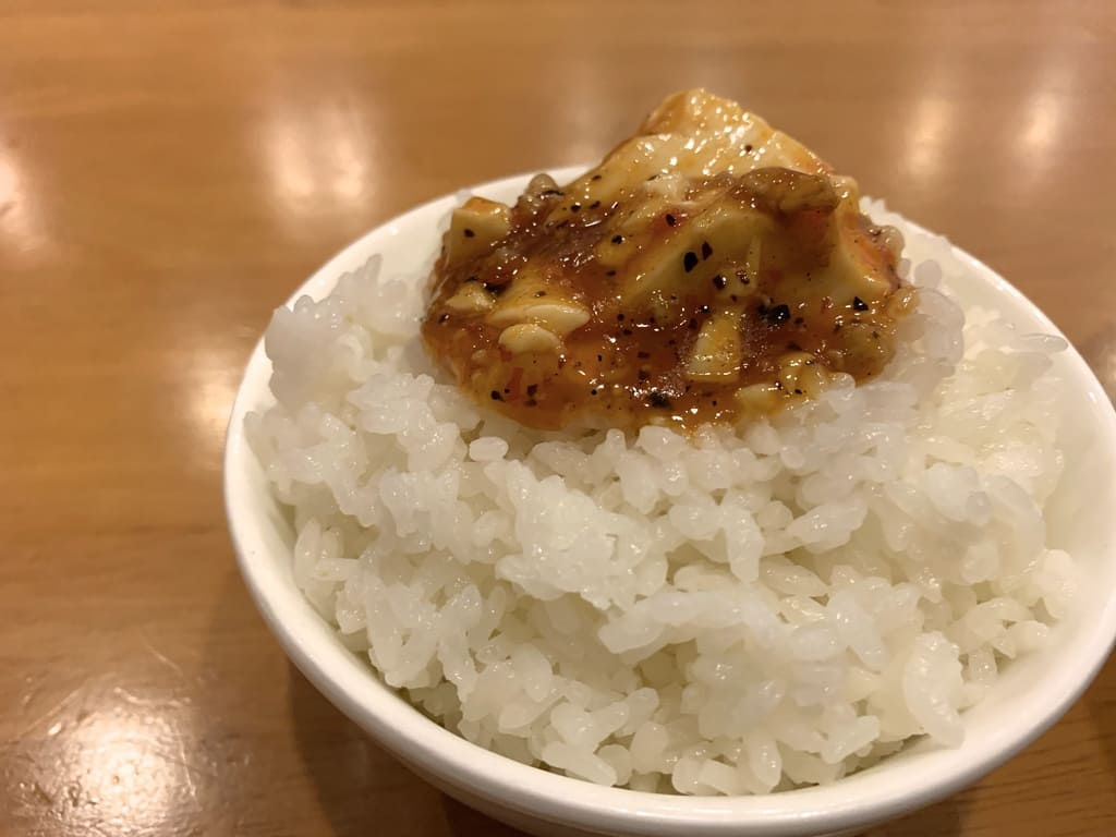 双龍居の麻婆豆腐オンザライス