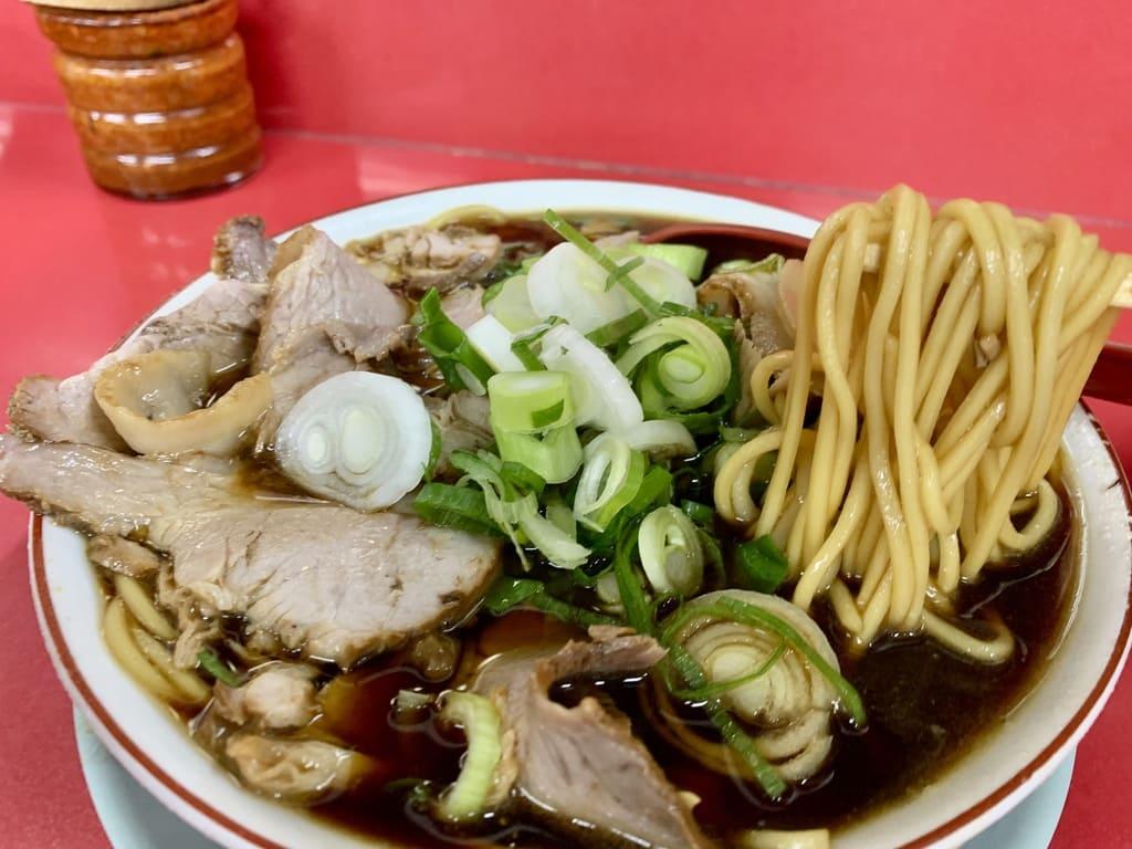 新福菜館の肉多め実食