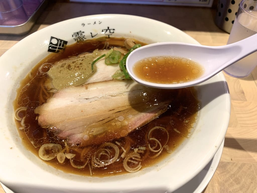 霽レ空の牡蠣そばスープ