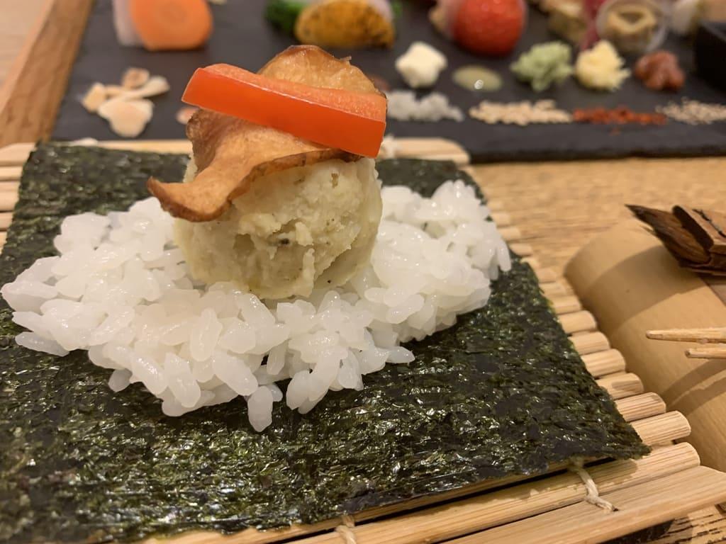 AWOMB烏丸本店の手織り寿司作り方3