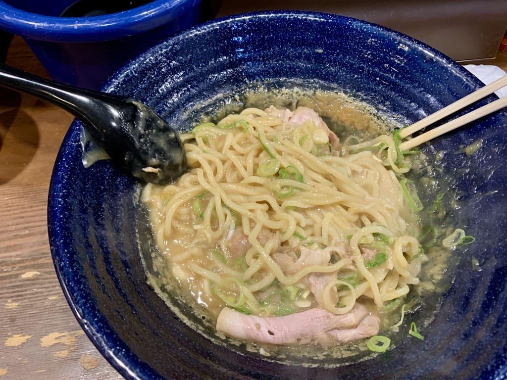 まりお流ラーメンのオリンポス実食