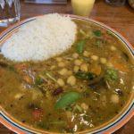 Curry de haricots et légumes au curry
