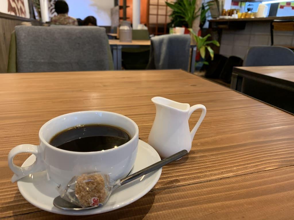 京FUJIHARUカレーのコーヒー