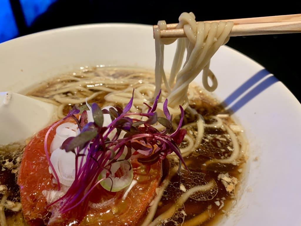 Vegan Ramen UZU KYOTOのヴィーガンラーメン醤油実食