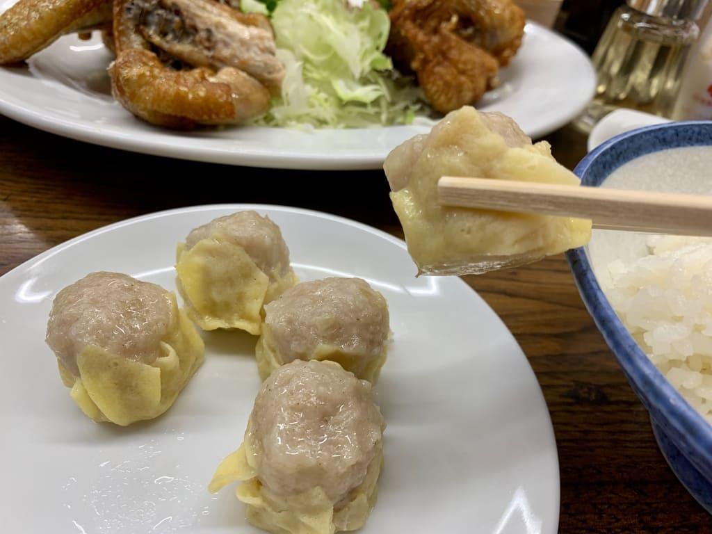 一芳亭本店の黄色いしゅうまい実食