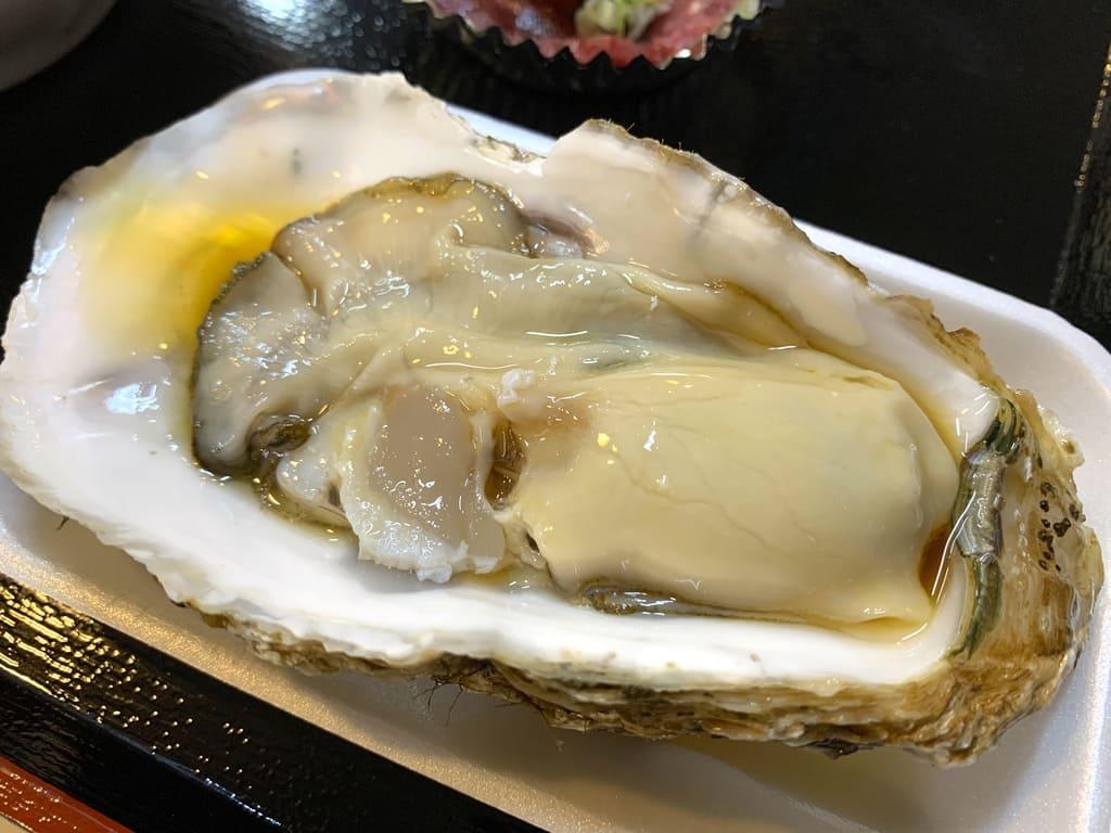青森魚菜センター2日目生ガキ