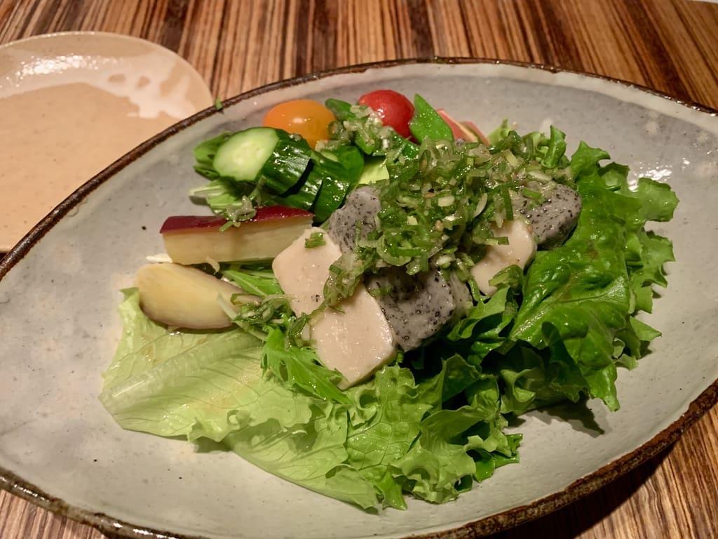 高瀬川くりおの生麩と水菜のサラダ