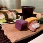 Set sushi Saba yang baru dibuat