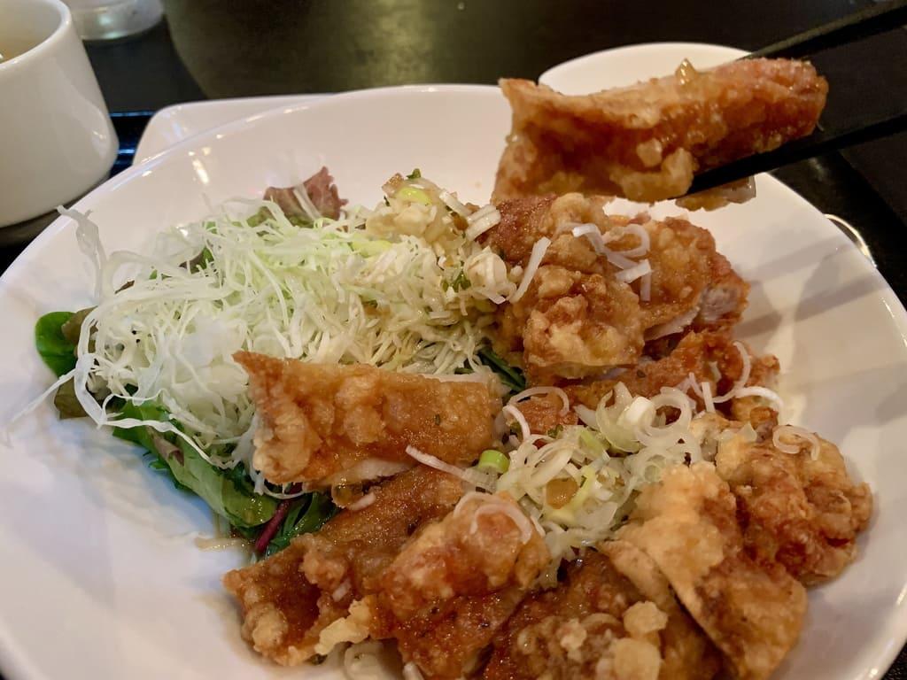 魏飯夷堂の油淋鶏実食