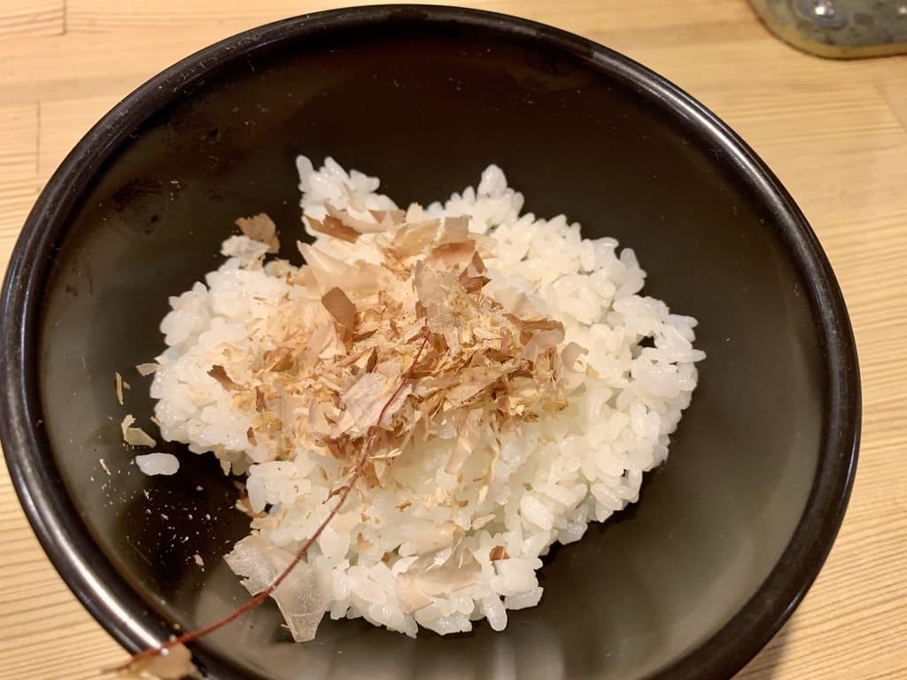 ラーメンムギュの名古屋コーチン鶏油まぜそば〆ご飯