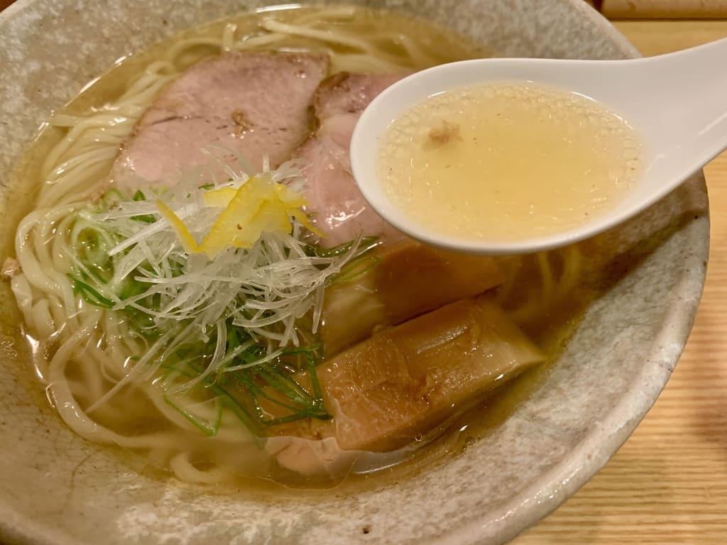 山崎麺二郎の塩らーめんスープ