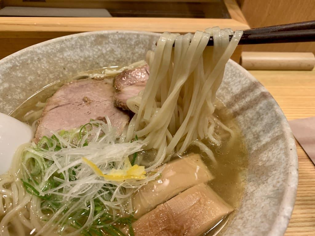山崎麺二郎の塩らーめん実食