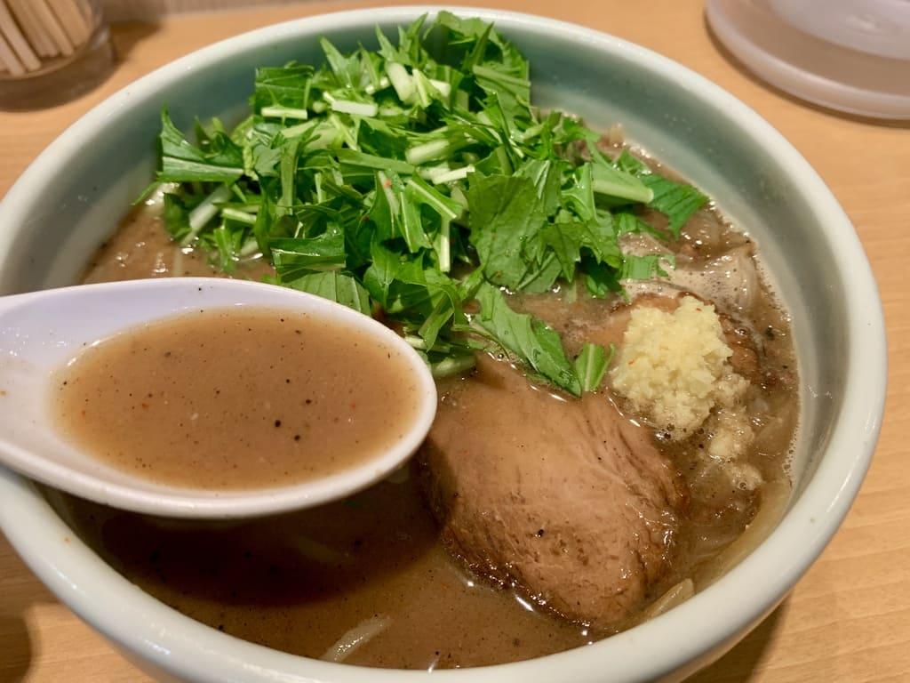 祇園白川ラーメンの味噌ラーメンスープ