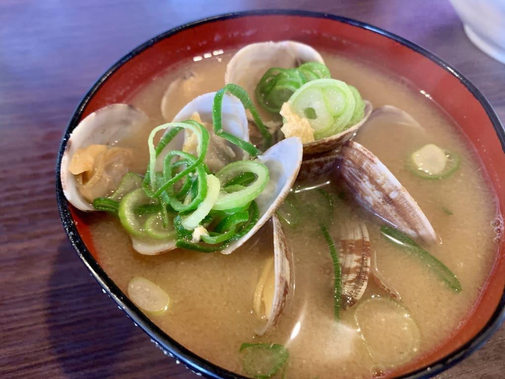 天ぷら大吉のあさりの味噌汁