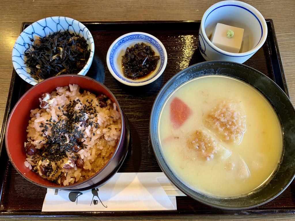 一乗寺中谷の京雑煮のいろどりごはん