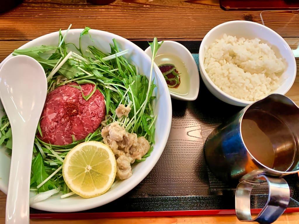 松坂牛麺吹田店の松坂牛麺+ヘッドごはん