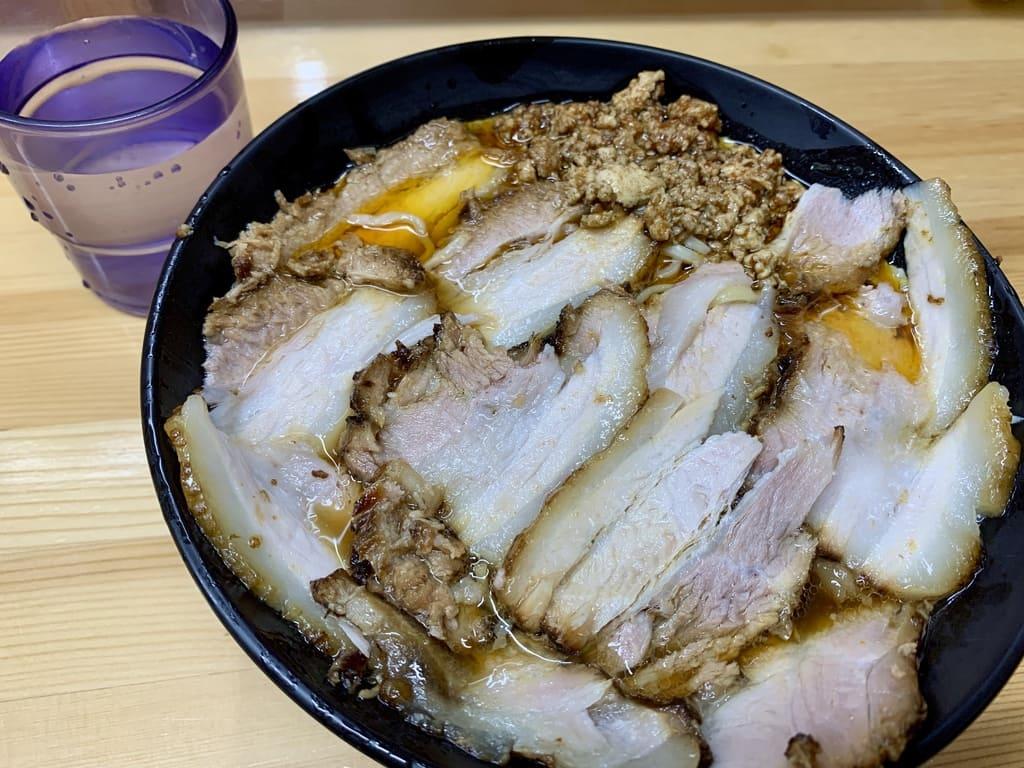 北大塚ラーメンの激辛チャーシュー麺