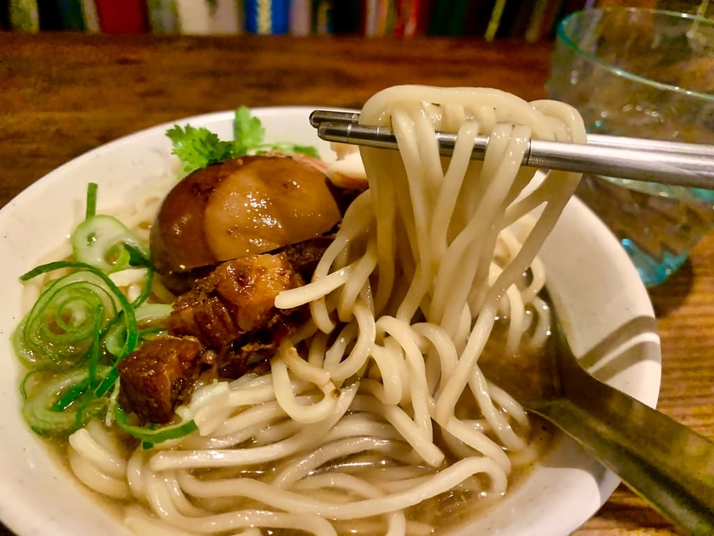 微風台南の台南担仔麺実食